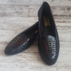🔵Like New 8 Narrow Vintage Woven Leather Flats